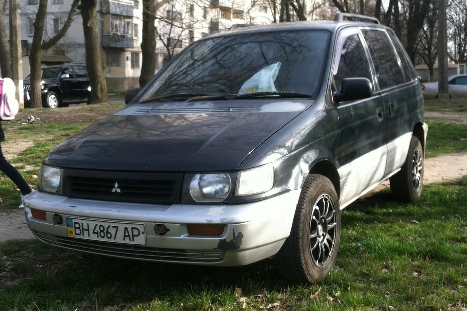 Продам Mitsubishi Space Runner RVR 1995 года в Одессе