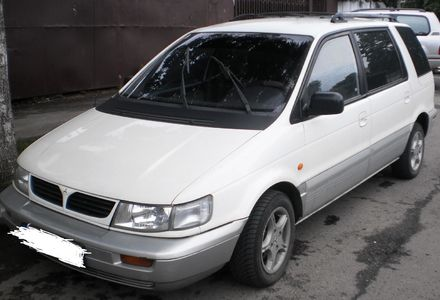 Продам Mitsubishi Space Wagon 1995 года в Львове