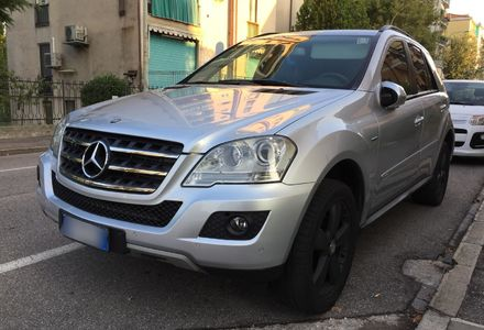 Продам Mercedes-Benz ML 300 Chrome  2009 года в Луцке