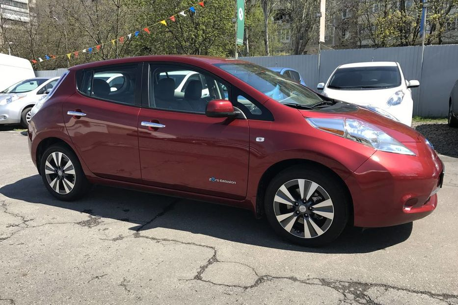 Продам Nissan Leaf SL+ LEATHER+LED 2015 года в Одессе