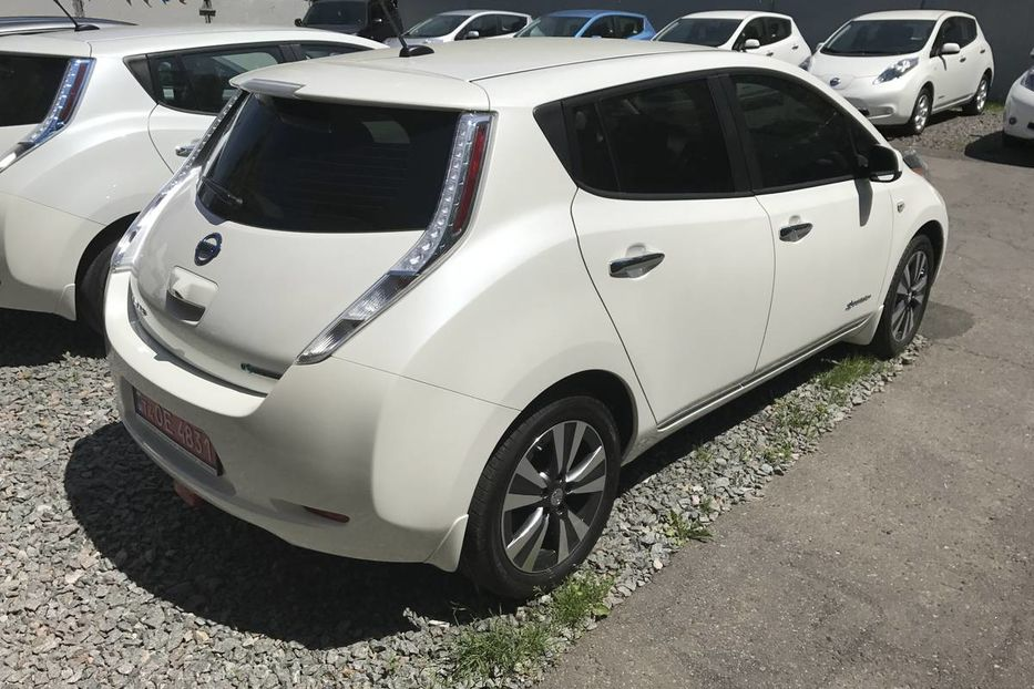Продам Nissan Leaf S+SL+SV+ Leather+Led+Bose!!! 2015 года в Одессе