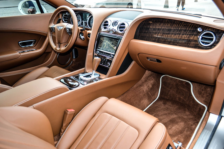 Продам Bentley Continental Continental GT V8  2012 года в Киеве