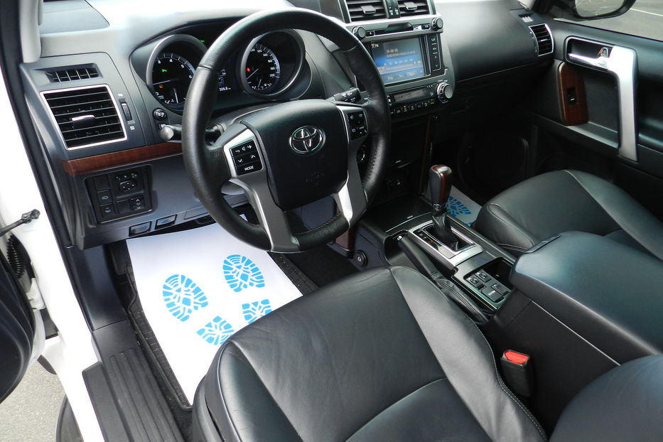 Продам Toyota Land Cruiser Prado 2015 года в Одессе
